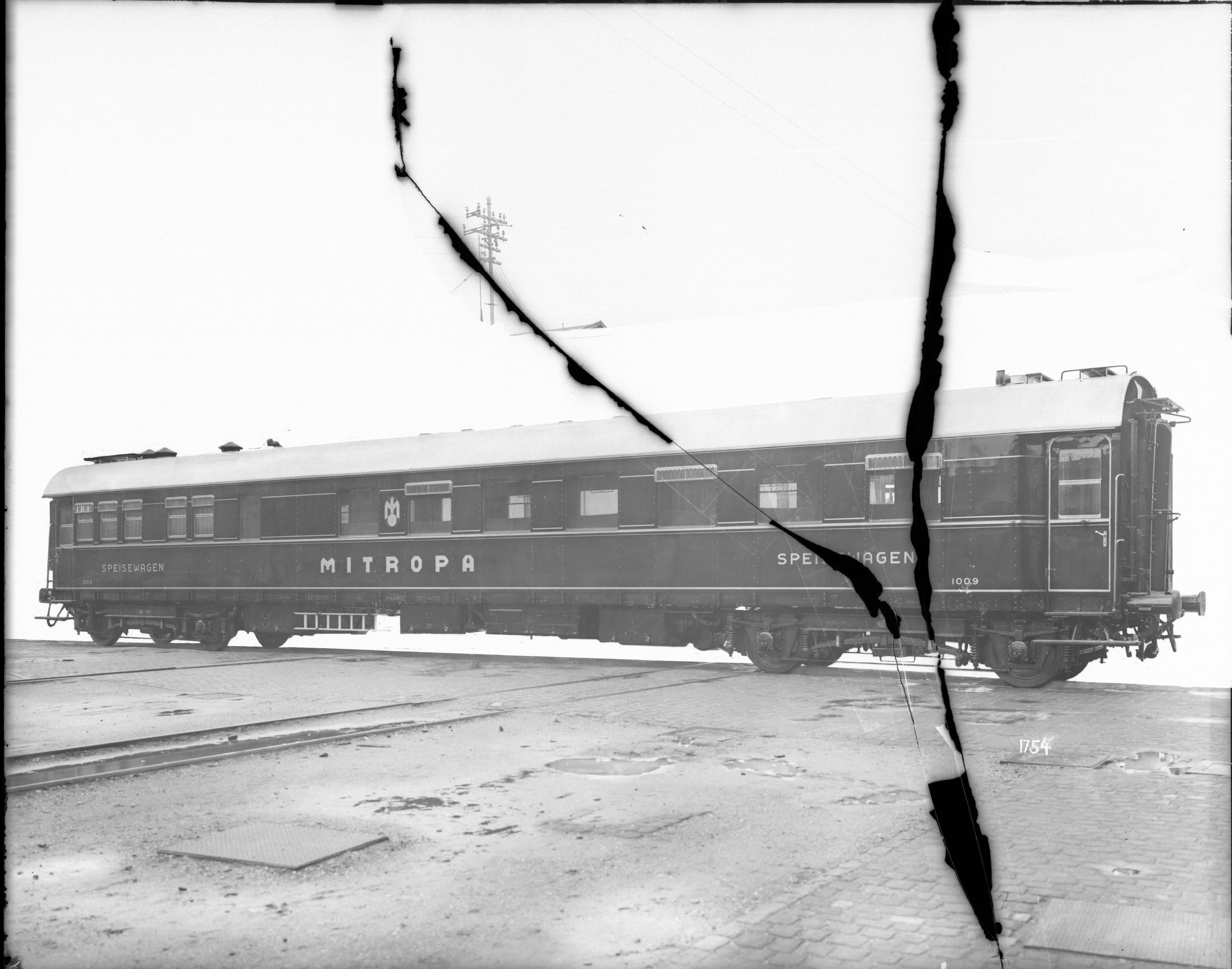 Speisewagen, MITROPA (Mitteleuropäische Schlafwagen- und Speisewagen-Aktien-Gesellschaft), Nr. 1009, WR4ü, 1928
